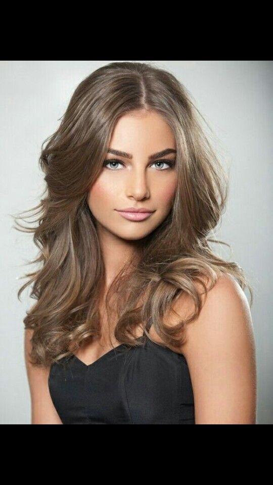 Askbrunt hår