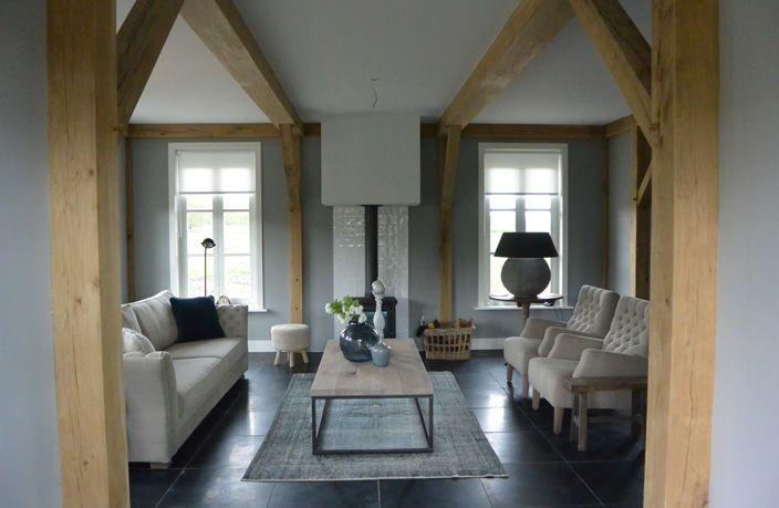 Aa ontwerpbureau landelijk interieur villa 39 s for Eetkamerstoelen landelijk interieur