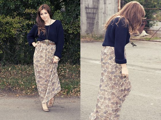 River Island Chunky Navy Jumper, River Island Maxi Skirt, New Look Low Wedge, Talia White Photography