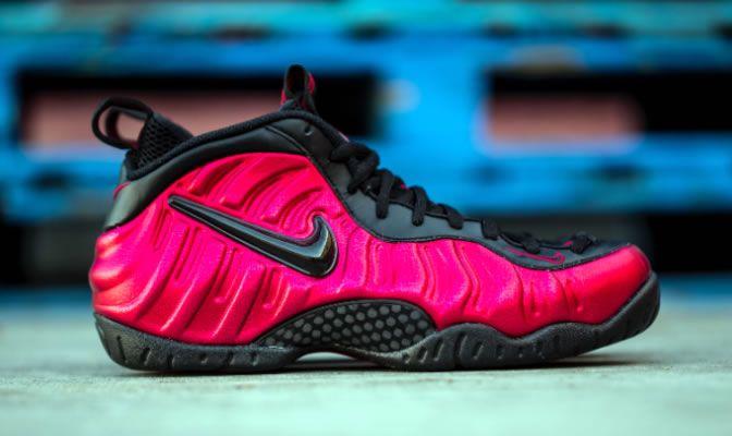 Sneakers men fashion, Nike foamposite