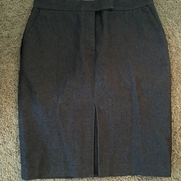 Dressy denim skirt This skirt can be dressed up or dressed down. It's very comfortable and has a great fit to it. Liz Claiborne Skirts Midi