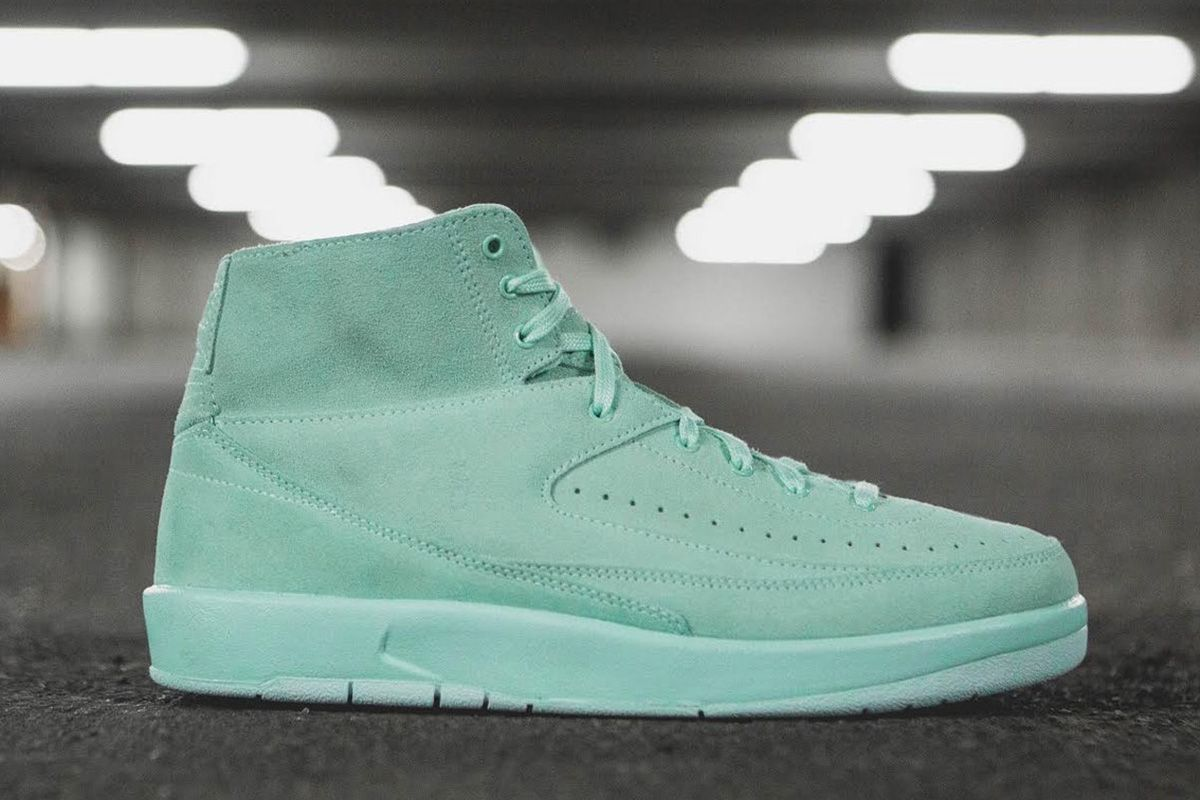 Nike air jordan 2 retro decon decon Shoes green