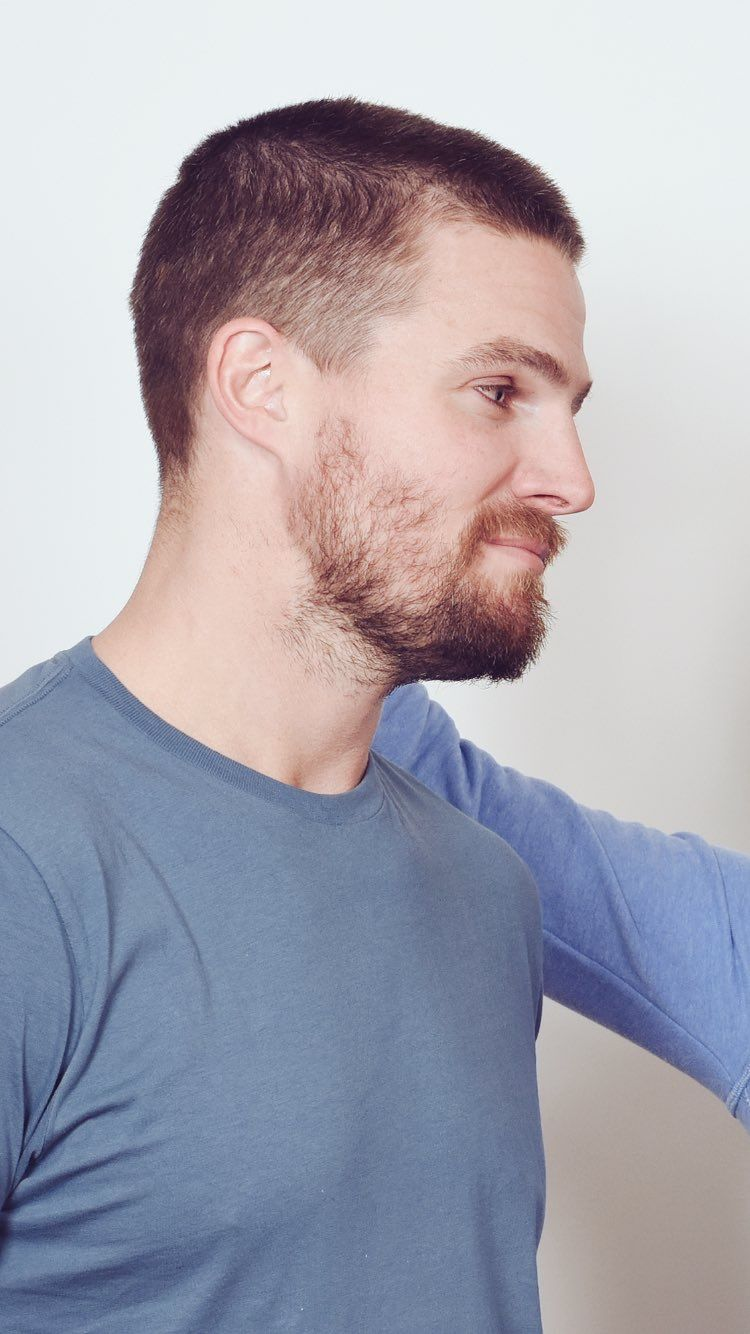 Close Up Stephen Adam Levine Style Tommy Merlyn Stephen Amell