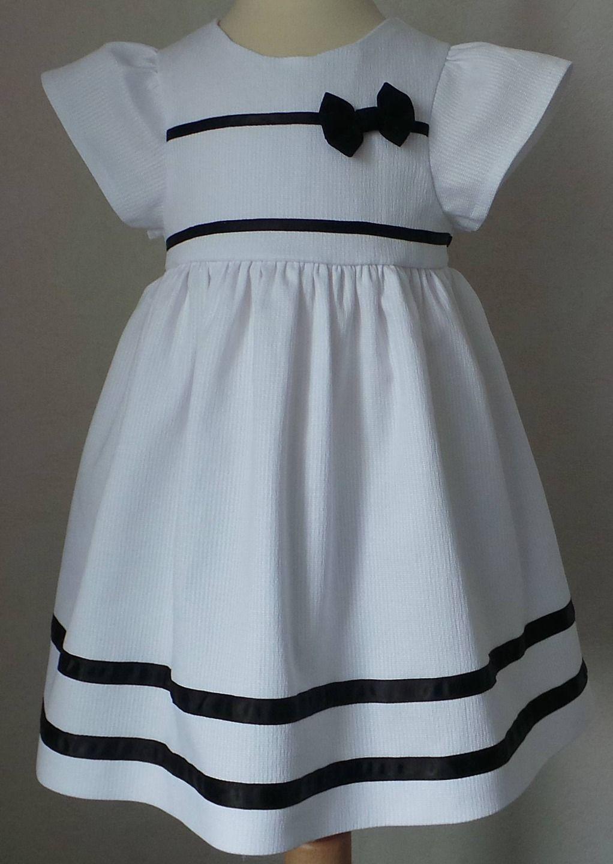 Robe 18 Mois En Coton Blanc Et Ruban De Satin Noir Mode Bebe Par Lau Creations Robe Africaine Fillette Mode Africaine Robe Robe Africaine Pour Petite Fille