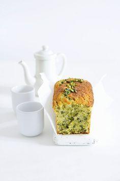 Pistazien-Kastenkuchen | http://eatsmarter.de/rezepte/pistazien-kastenkuchen