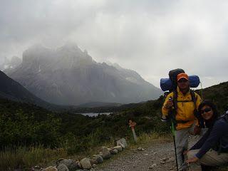 No caminho para o Acampamento Los Cuernos