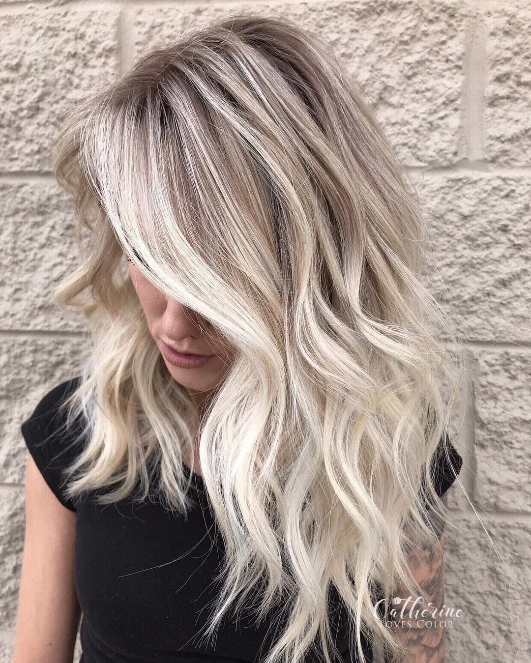 40 Beautiful Medium Length Hairstyles (April 2019