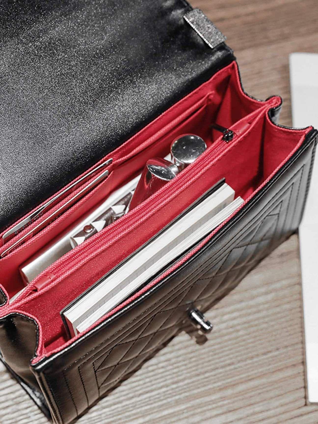 Material Pu Leder Farbe Schwarz Größe Klein Taschenlänge Cm 23 Cm Taschenbreite Cm 10 Cm Taschenhöhe Cm 15 Cm Bandlänge Flap Bag Luxury Bags Bags