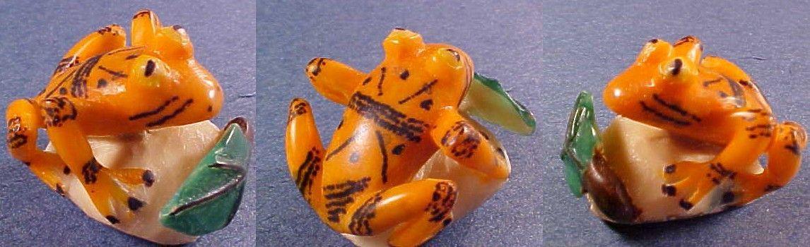 Wounaan Indian Frog Tagua Carving-Panama #23838