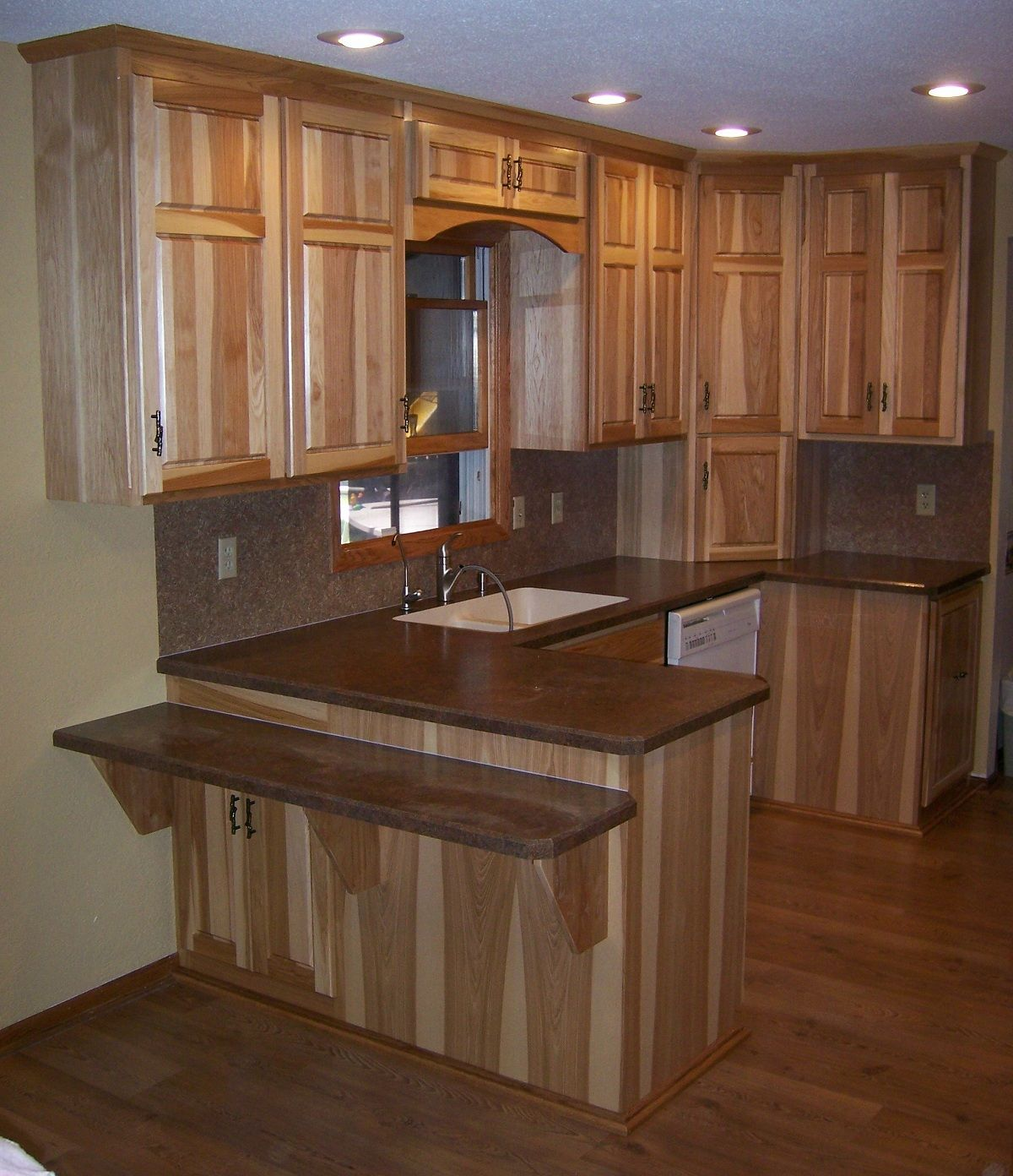 Assembled Hickory Kitchen Cabinets Download Hickory Raised Panel Split Kitchen Design Hickory Kitchen Hickory Kitchen Cabinets
