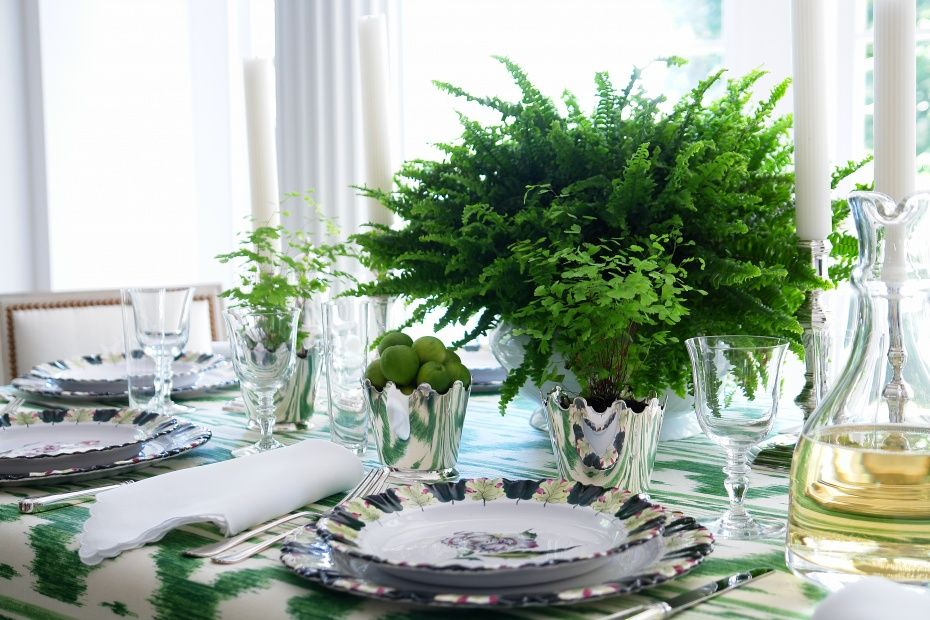Easy Entertaining with an Instant Table | Carolyne Roehm