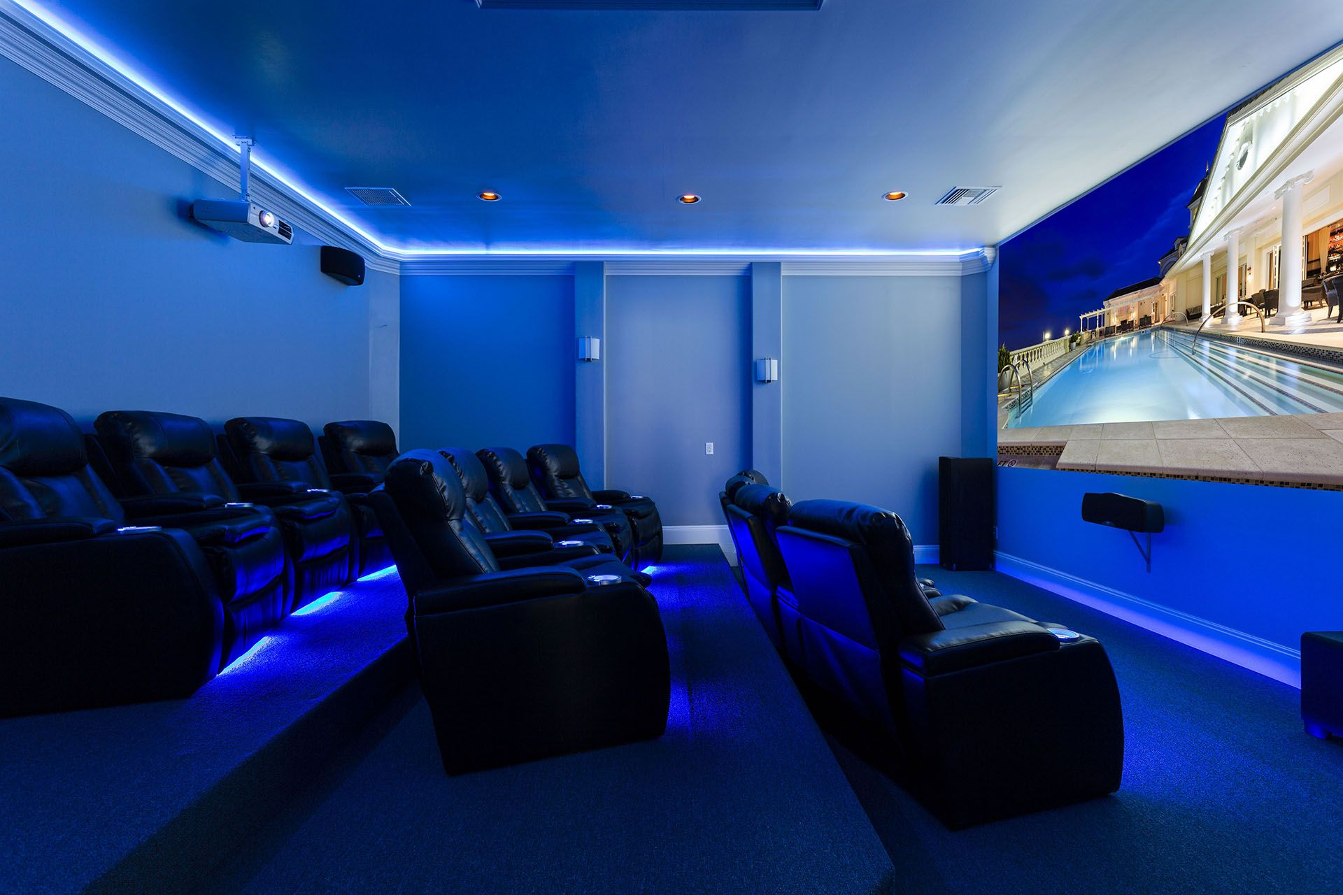 NEW Huge airconditioned 800 Sq Ft Private home cinema