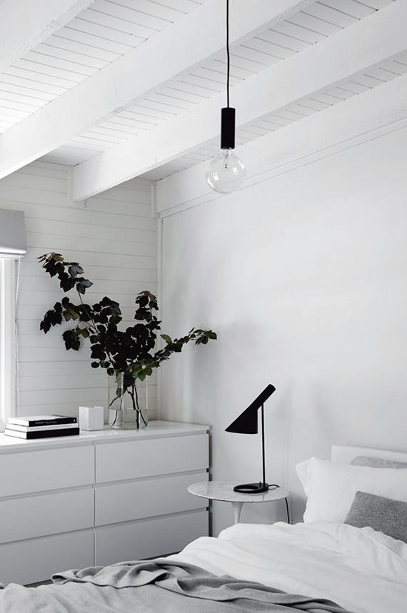 Farmhouse living (Anna gillar) #minimalbedroom