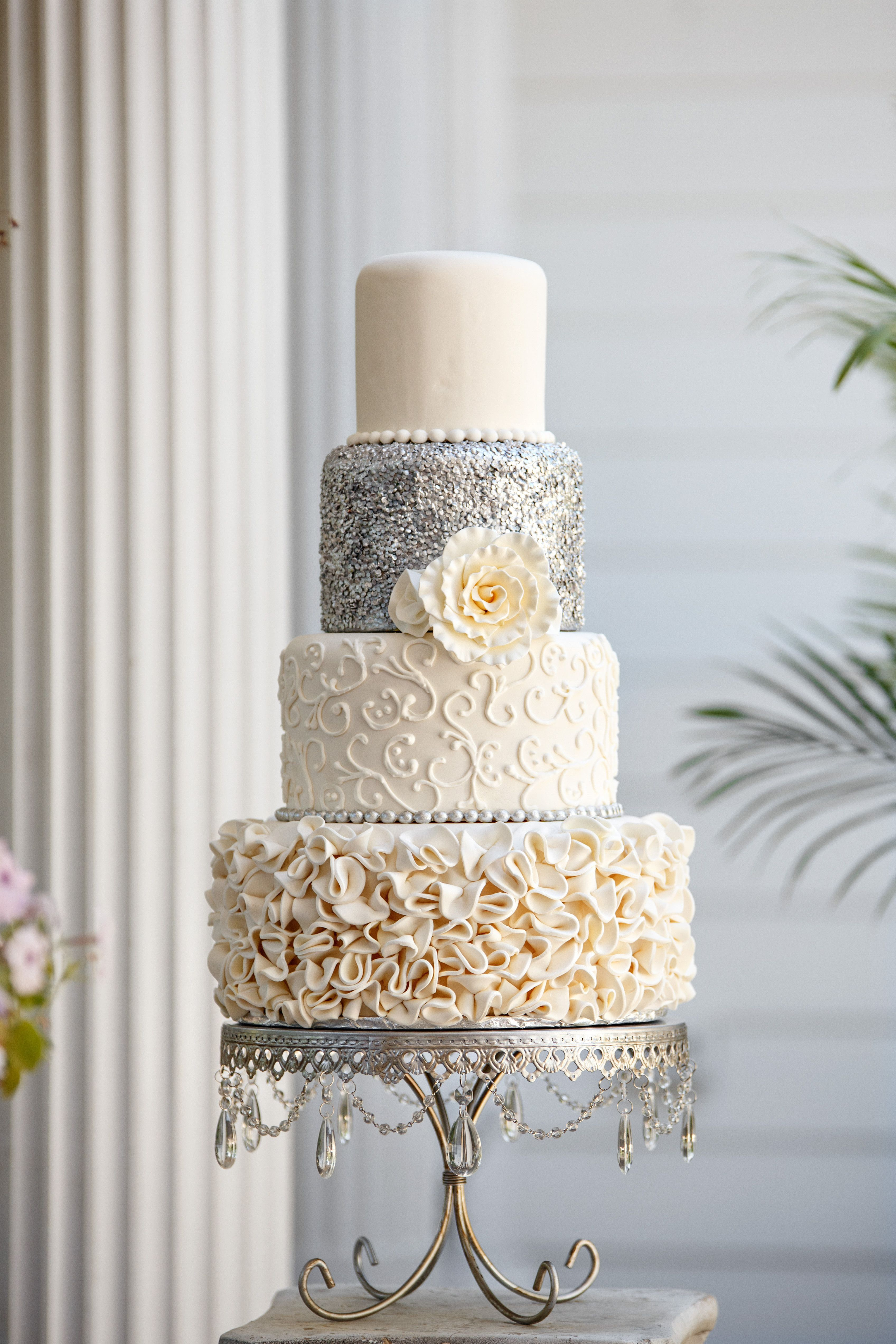 Silver Sequins Wedding Cake #weddingcakessilver | Wedding Cakes ...