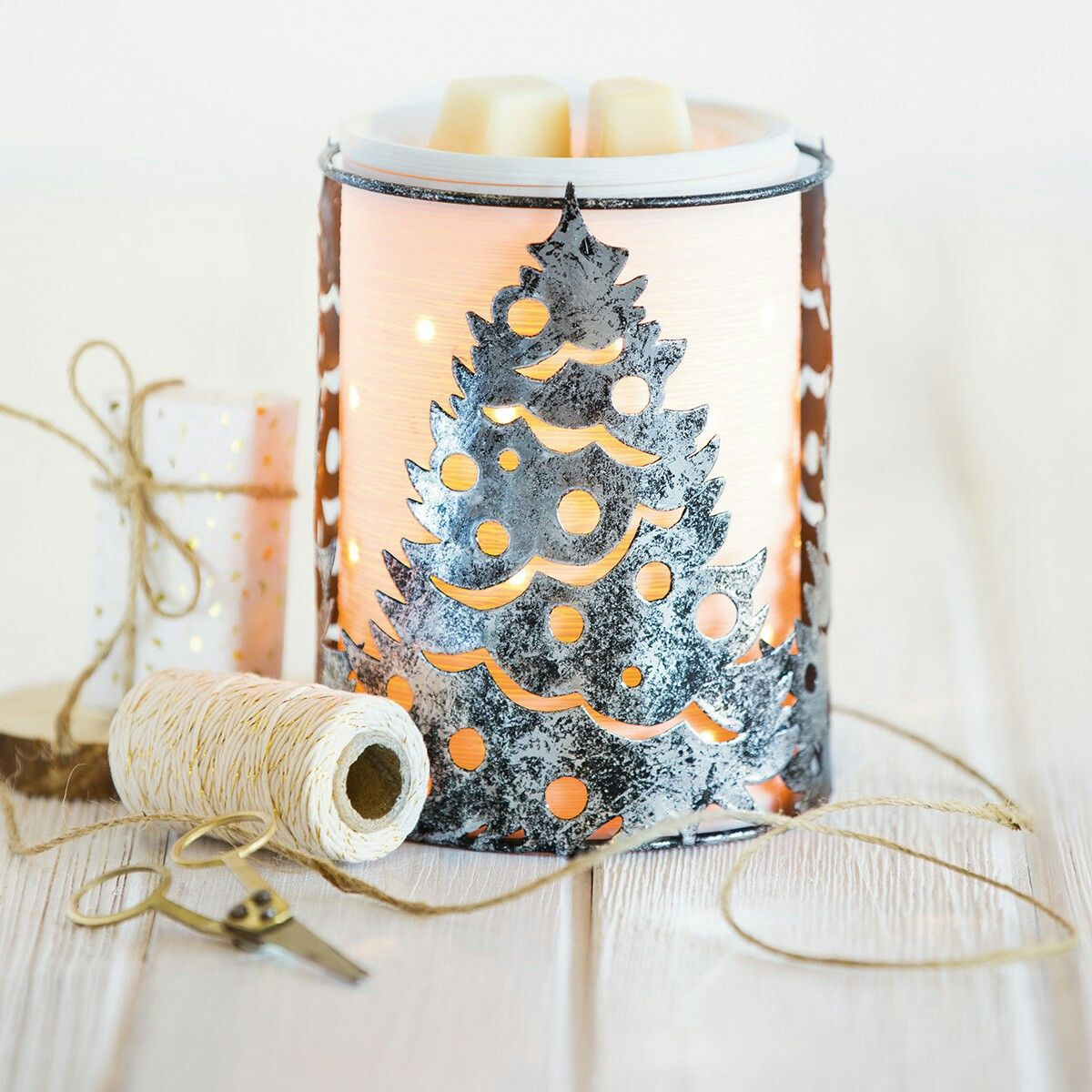 O\' Christmas Tree wrap with Etched Core warmer | ***Scentsy ...