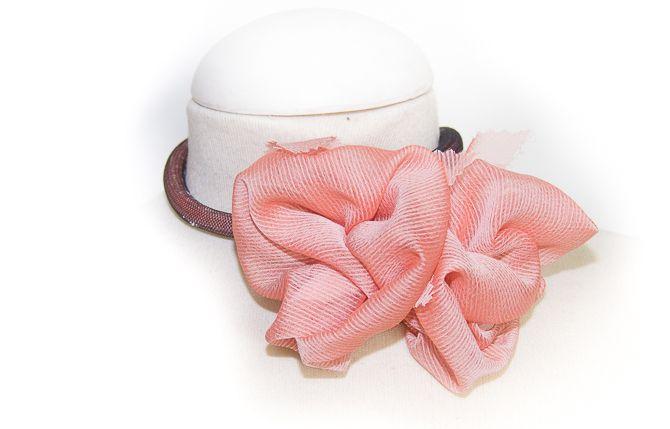 Gargantilla rosa