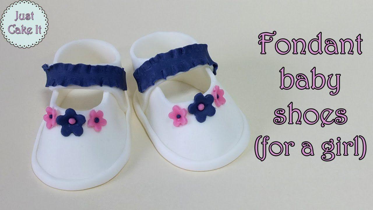 Fondant Baby Shoes For A Girl Buciki Z Masy Cukrowej Dla Dziewczynki Fondant Baby Shoes Baby Shoes Tutorial Fondant Baby