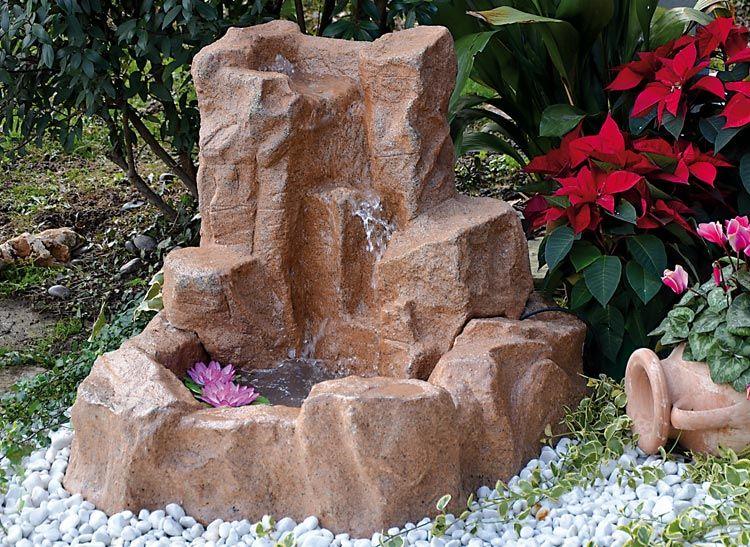 Cascate da giardino in pietra prezzi fontana in pietra da for Realizzazione laghetti artificiali quanto costa