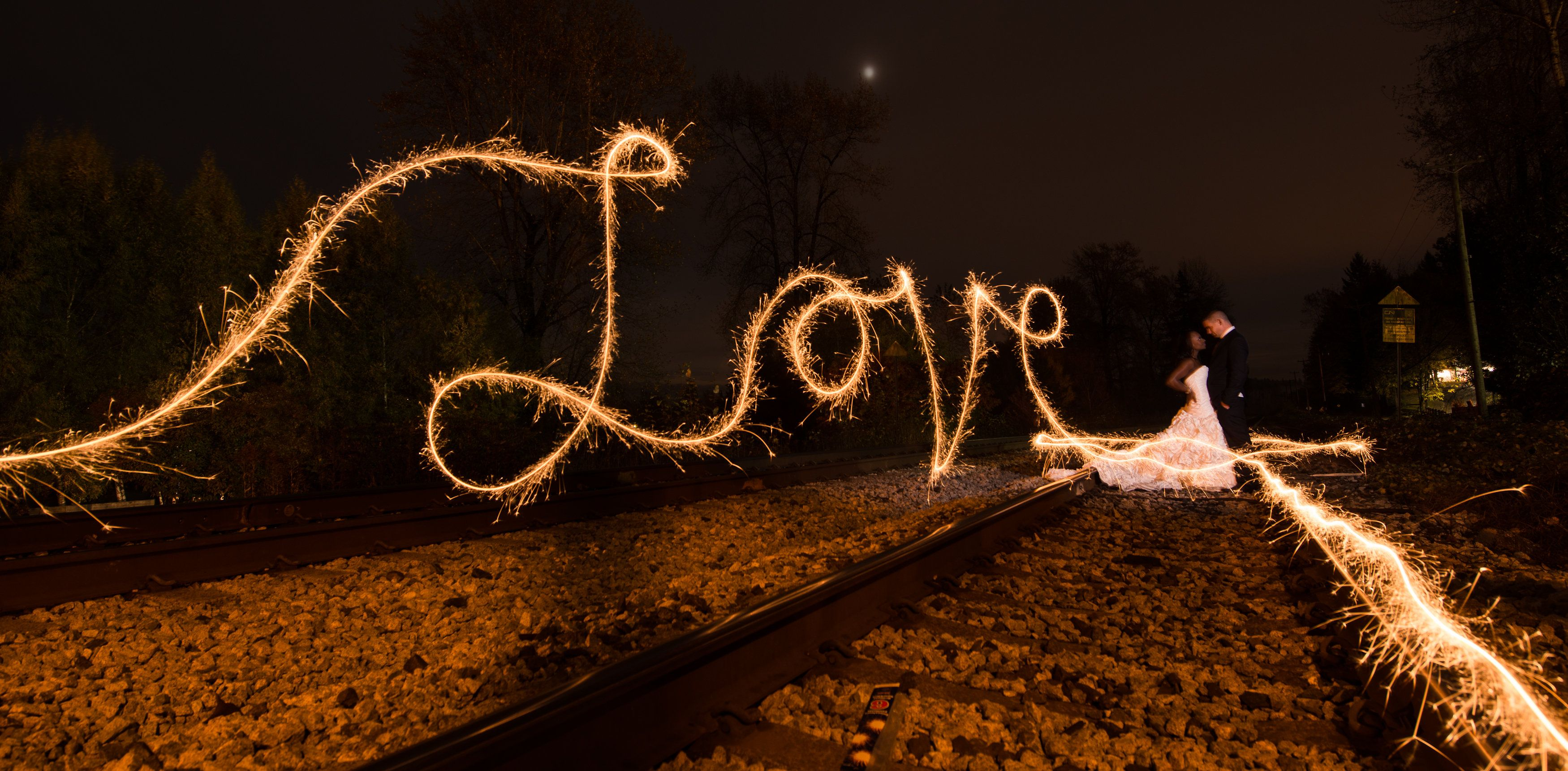 Matt Kennedy Photography www.mattkennedy.ca #sparklers ... for Light Painting Photography Wedding  28cpg