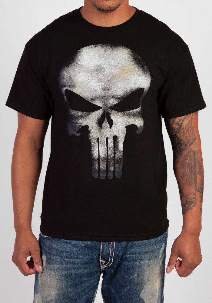 5b7cd55f9 The vigilante's iconic skull design is featured in a distressed print on a  black tee.