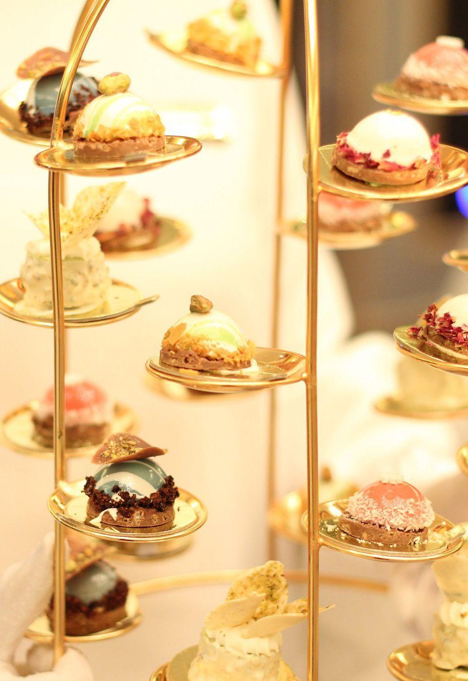 مونور شوكولا Meneur Chocolate شوكولاته كيك الزواج و المناسبات الرياض Food Desserts Cake