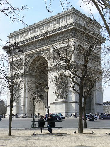 On the exact moment I turned 30 (making adjustments for travel time) I was standing on the L'Arc de Triomphe