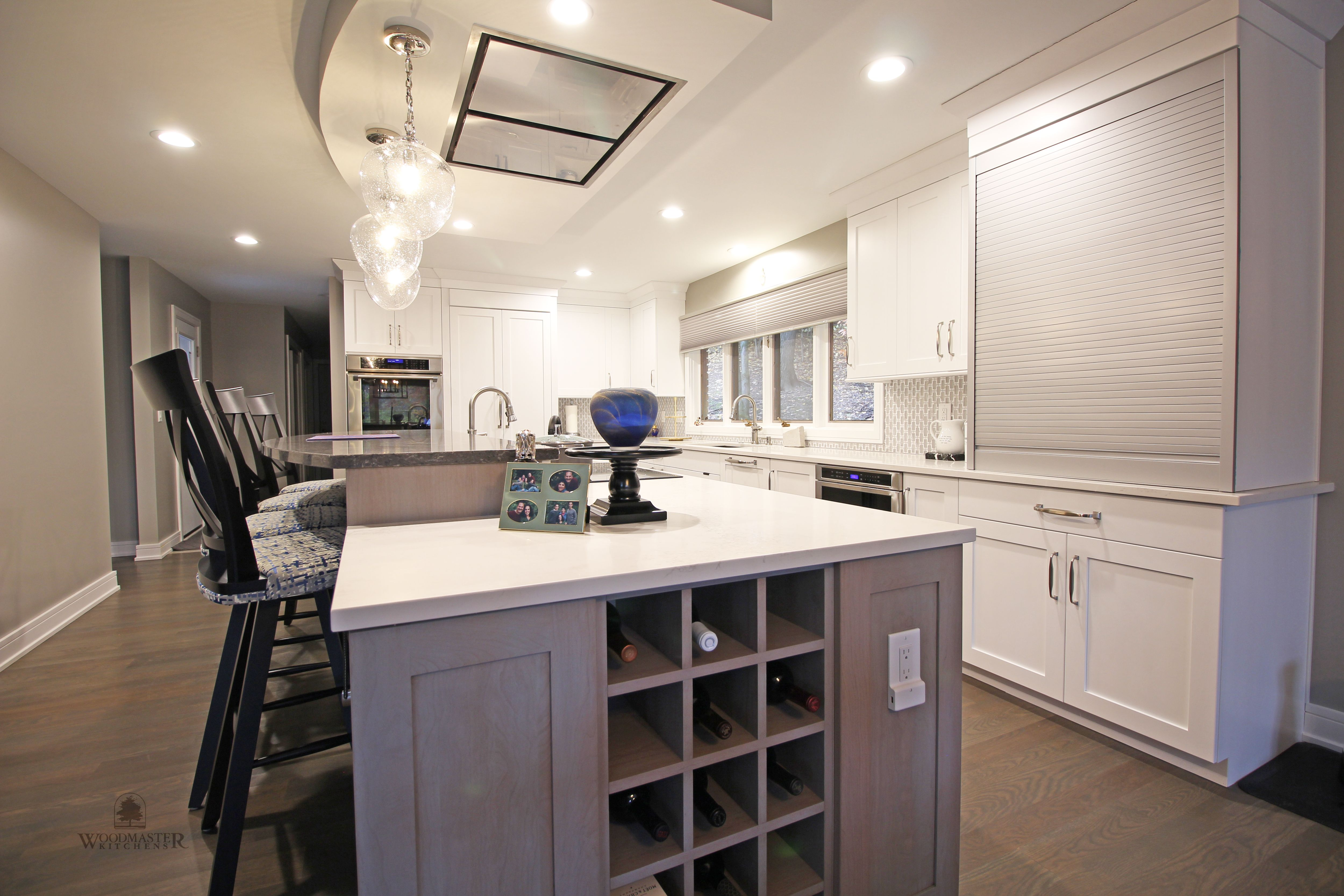 This Transitional Kitchen Design In Farmington Hills Was Done As Part Of A Home Remodeli Transitional Kitchen Design Transitional Kitchen Large Kitchen Island