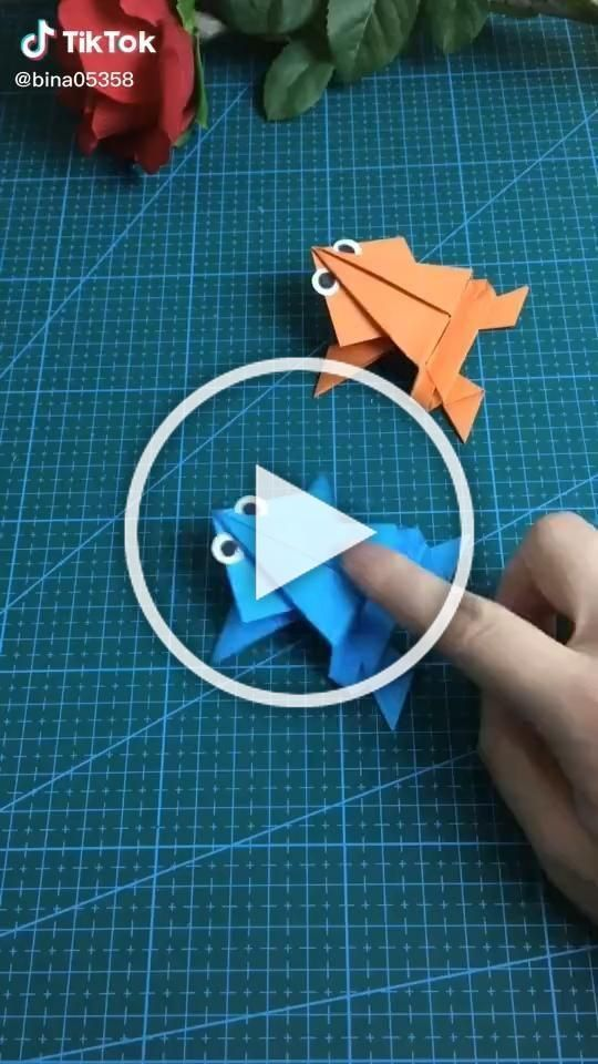 Photo of Origami video. Cute playful frog. . . . Step By Step #origami #art #paper #diy #…,  #Art #c…