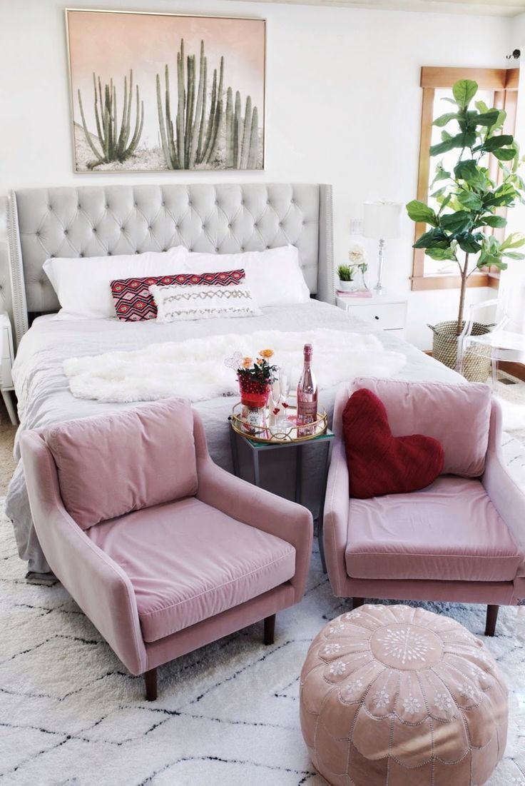 Rosa Akzent Stuhl Pink bedroom design, Bedroom design