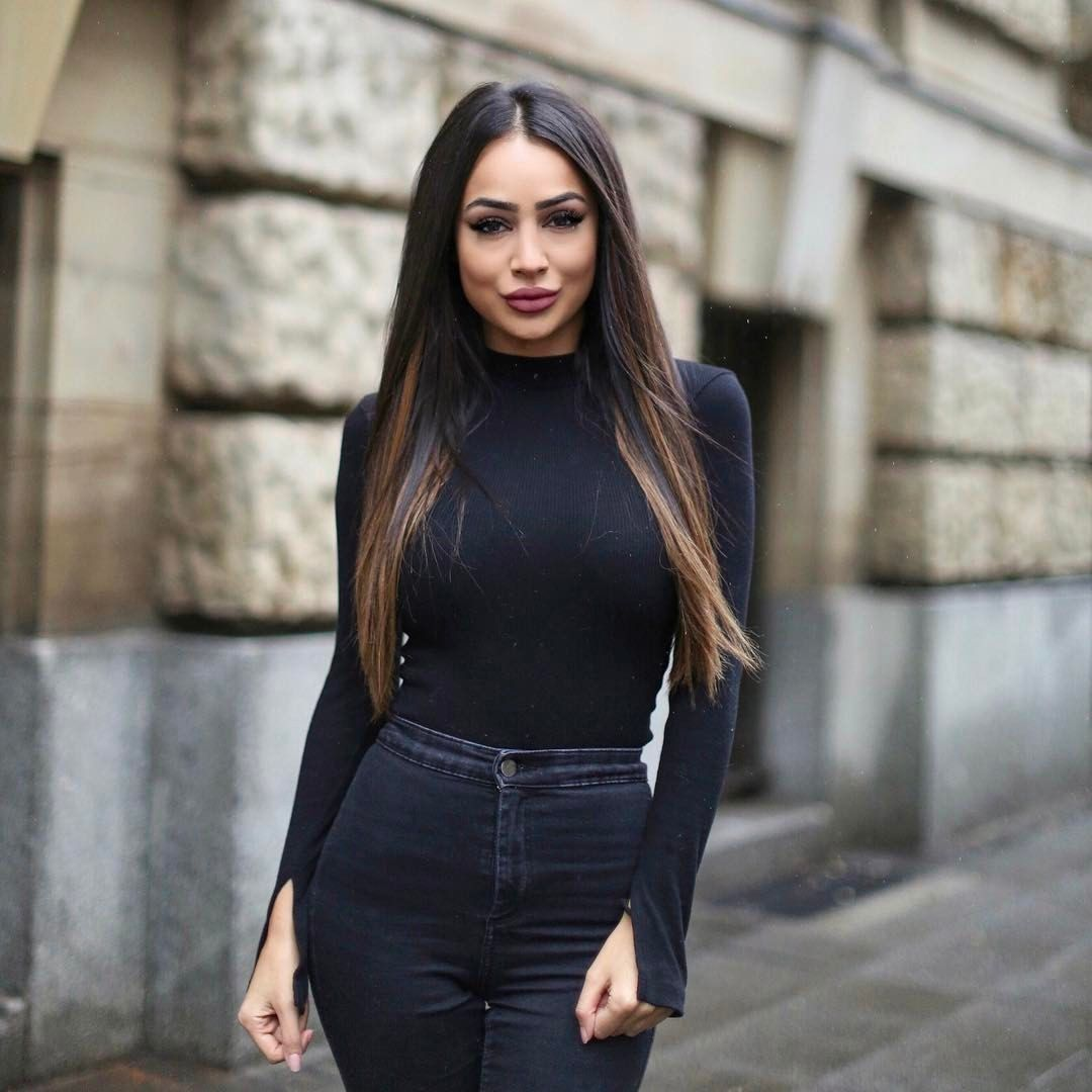 Pin von SKY auf • Leoobalys • | Outfit, Outfit ideen