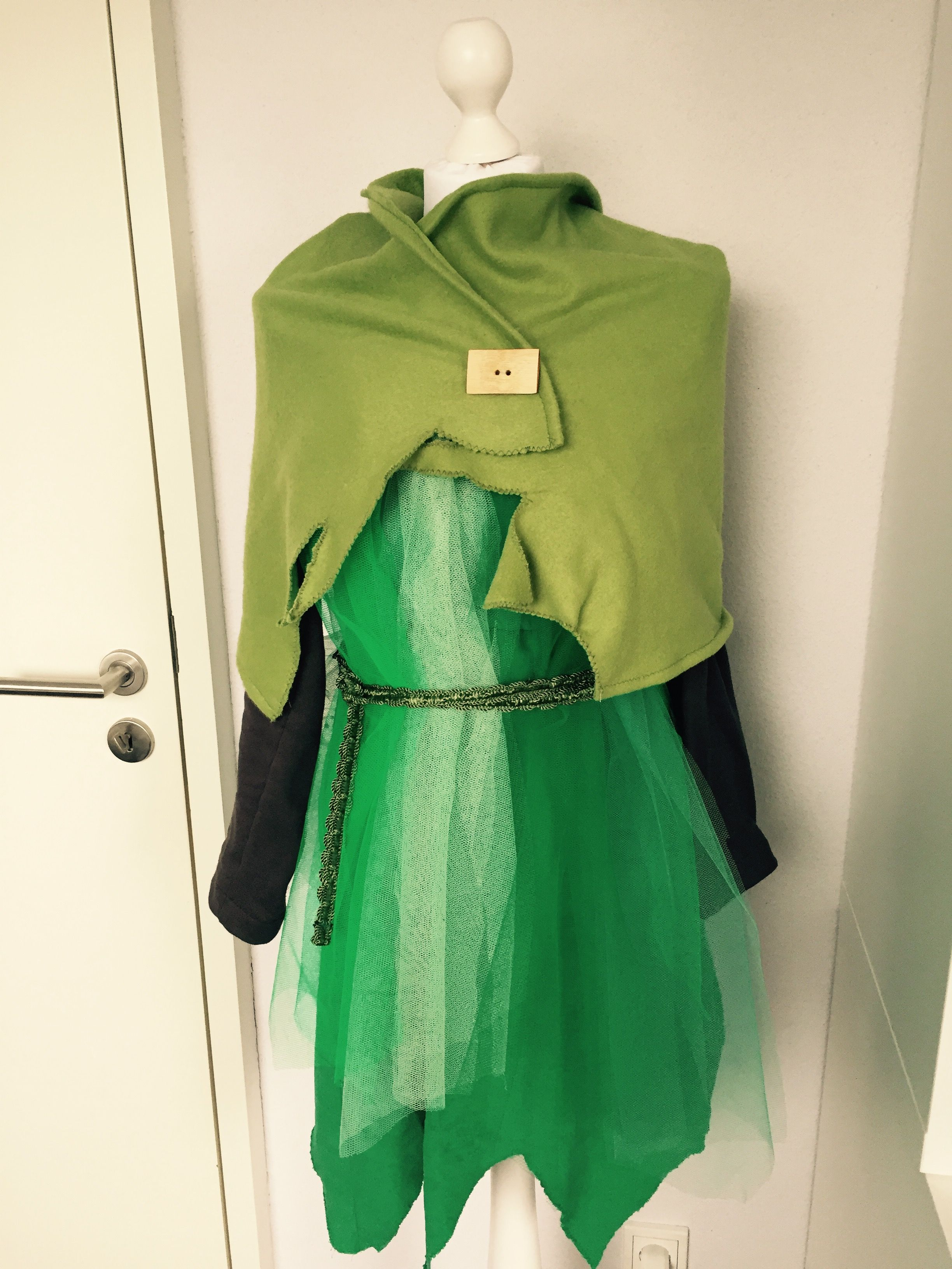 Tinkerbell Kostüm mit Cape   Fasching Kostüm   Pinterest ...