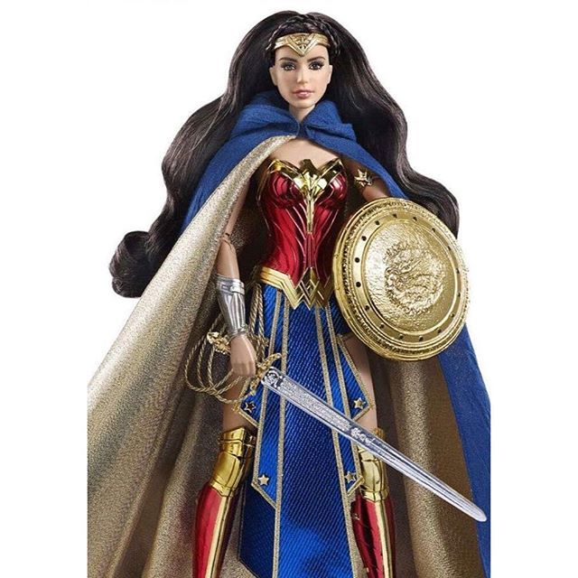 This is absolutely extraordinary - the #WonderWoman #Barbie is here! Who got theirs at #SDCC this year!?