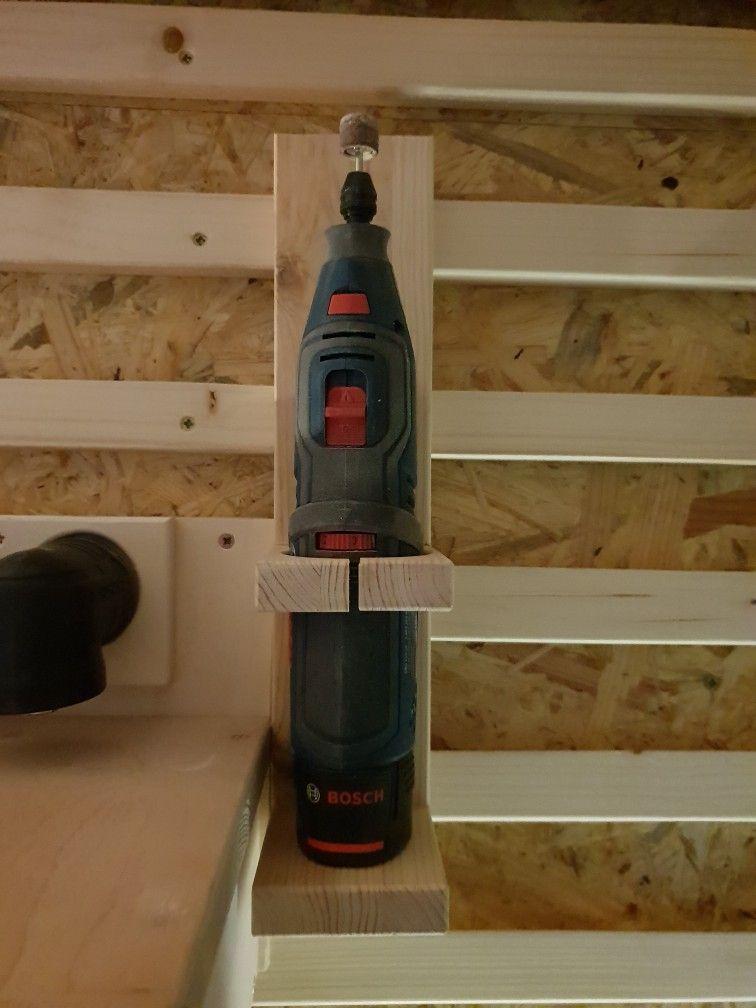 Pin auf Garagenwerkstatt wird aufgemöbelt.