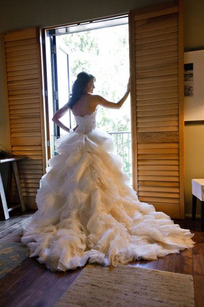 Healdsburg wedding from vero suh photography lovely for Wedding dresses san francisco