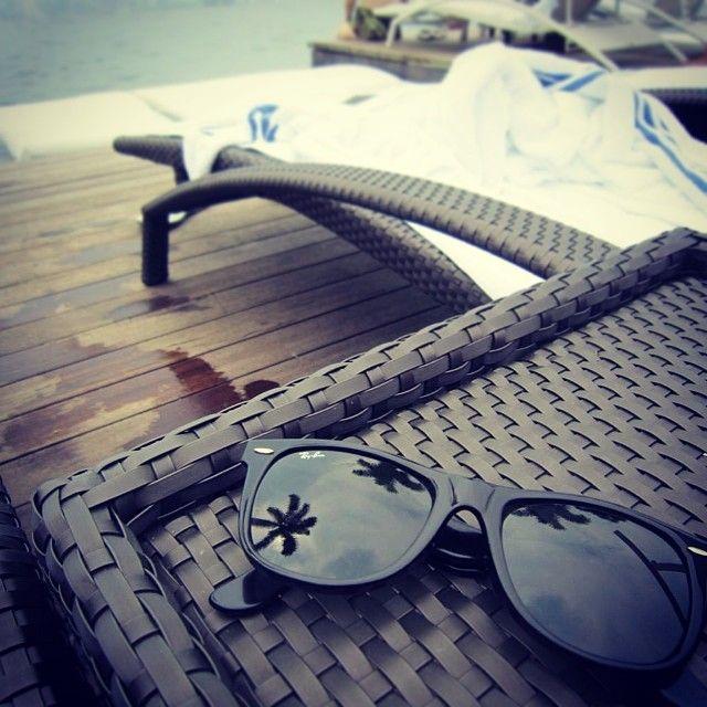 # #레이벤 #선글라스 #구름 #싱가폴 #마리나베이샌즈 #수영장
