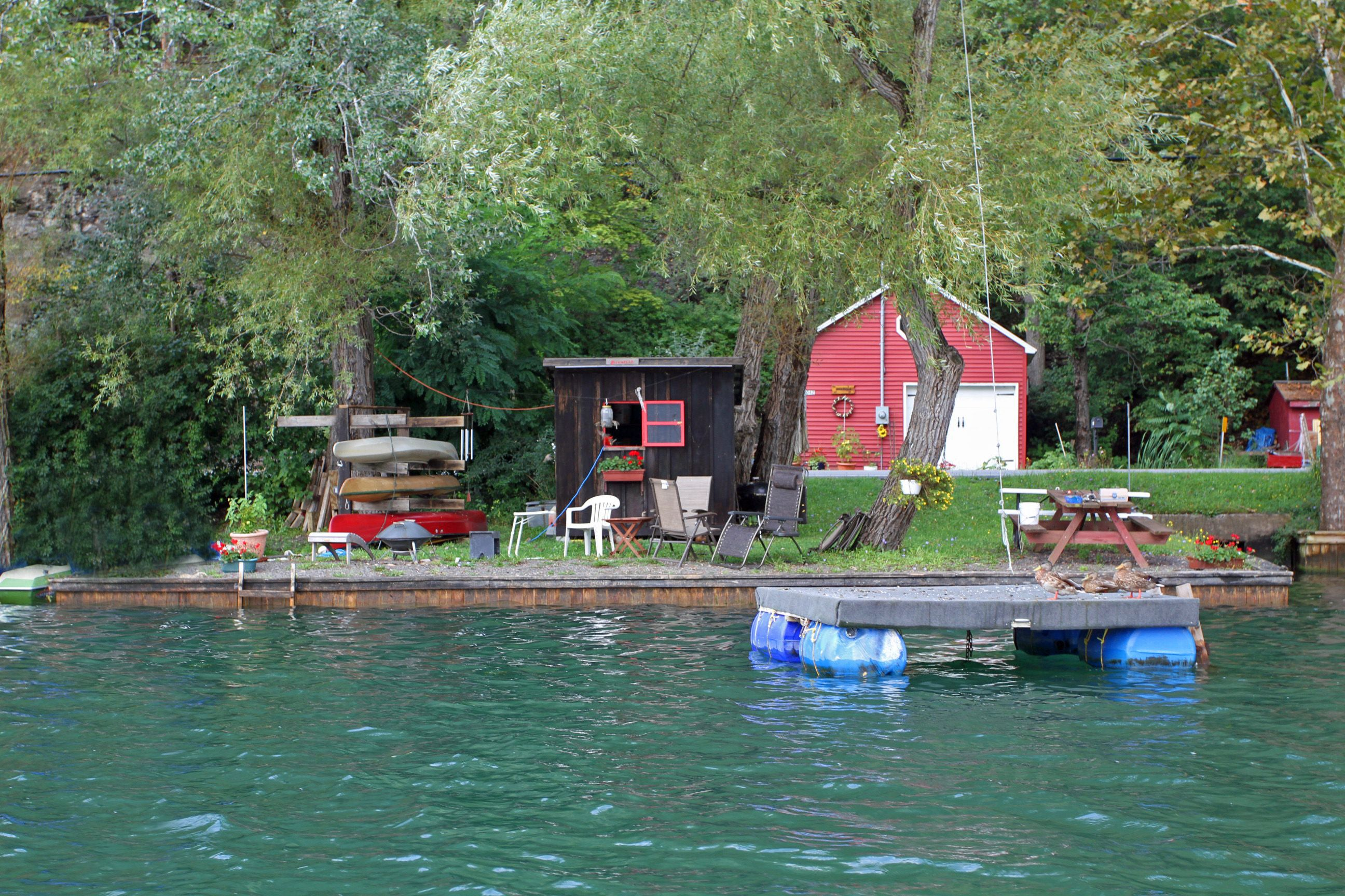 vacation point museum cottages in fingerlakes sodus lakes rentals lake finger cabins img historic fishing the visit lighthouse