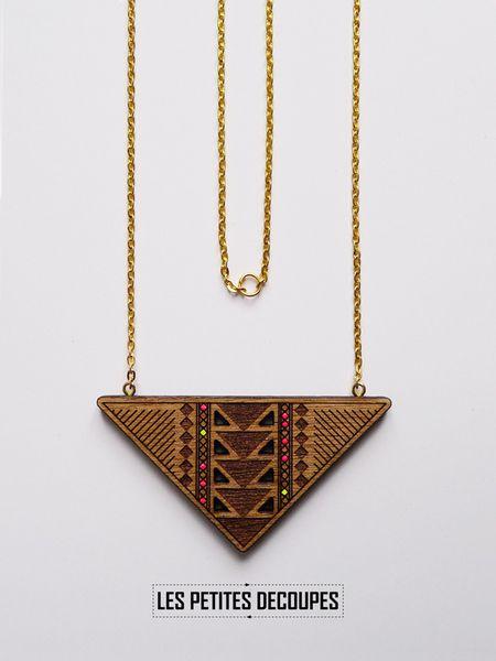 les petites d coupes collier en bois wood necklace bijoux pinterest collier en bois. Black Bedroom Furniture Sets. Home Design Ideas