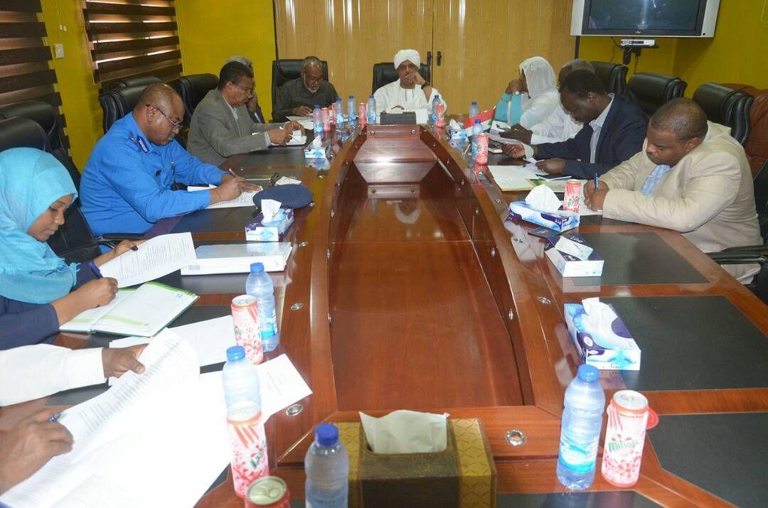 لجنة الإشراف على عودة السودانيين المقيمين بشكل غير نظامي بالسعودية تعقد اجتماعها الثالث للعام 2017 م بجهاز المعنربين