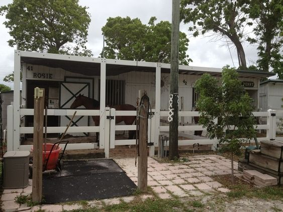 2 Stall Barn with center Tack-Room | Horse barns, Small ...