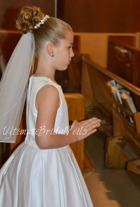 Items similar to Girls White First Communion Veil Delicate Pencil Trim 1 Tier on Etsy