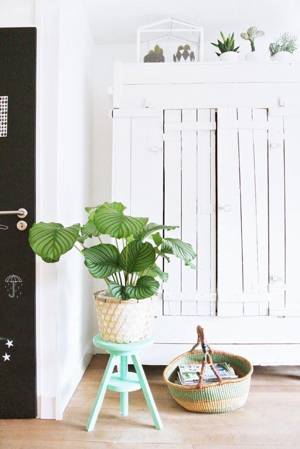 Styling + Mint Green Stool #decor #styling