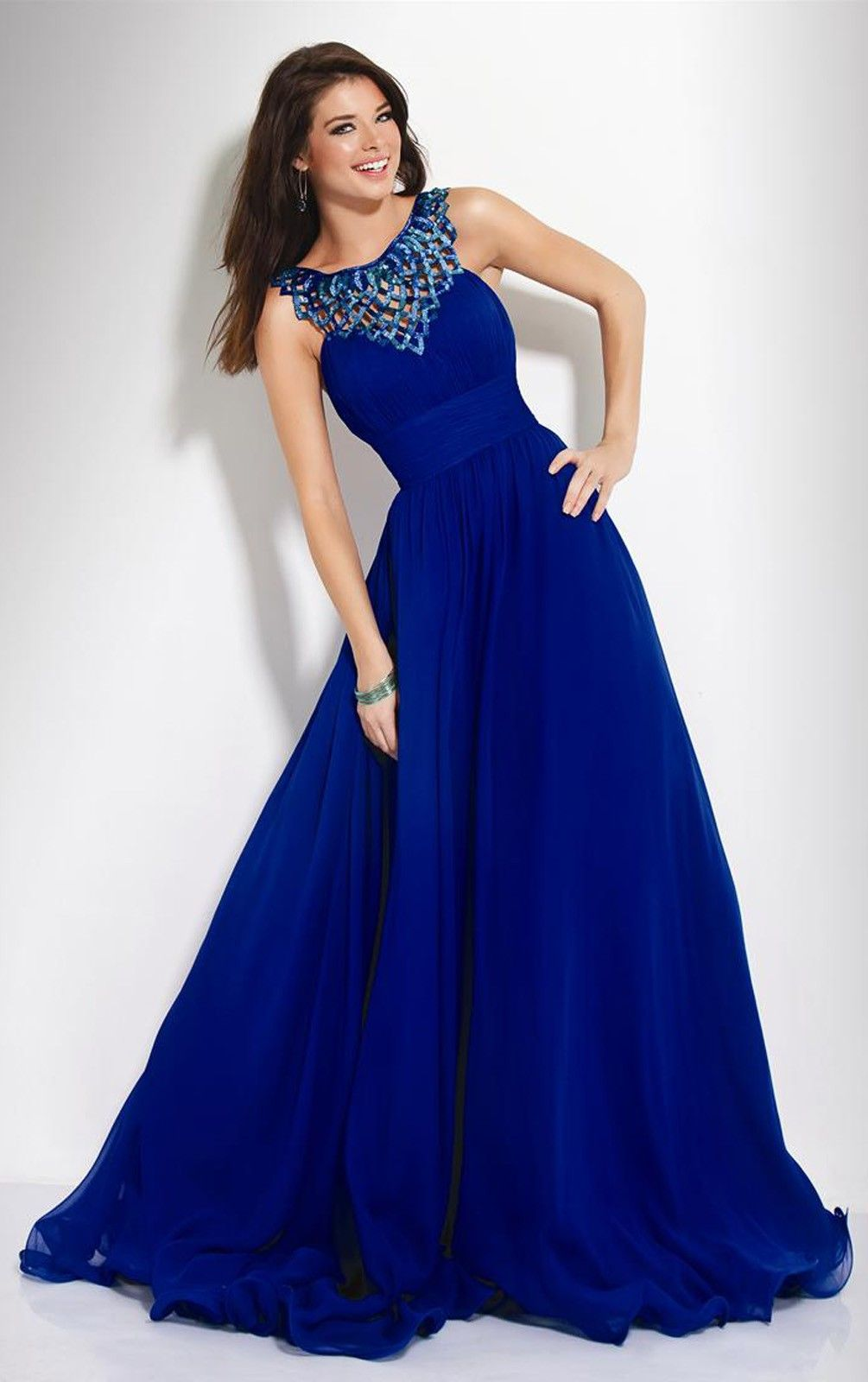 1915369ab Vestido azul de Chifon
