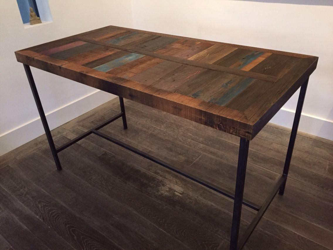 Hoge bartafel van oud hout te verkrijgen in onze winkel for Hoge eettafels