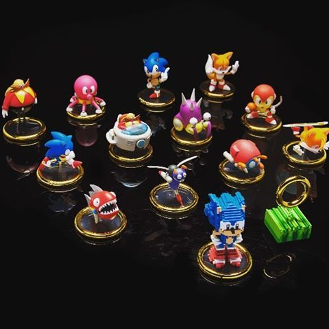Take On 2017 At High Speed With Our Sonic The Hedgehog 3 Inch Blind Box Mini Series Available At Www Kidrobot Com Kidrobot Robots For Kids Sonic The Hedgehog