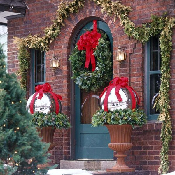 Pinterest Christmas Porch Decorations: Classy Outdoor Christmas Decorating Ideas