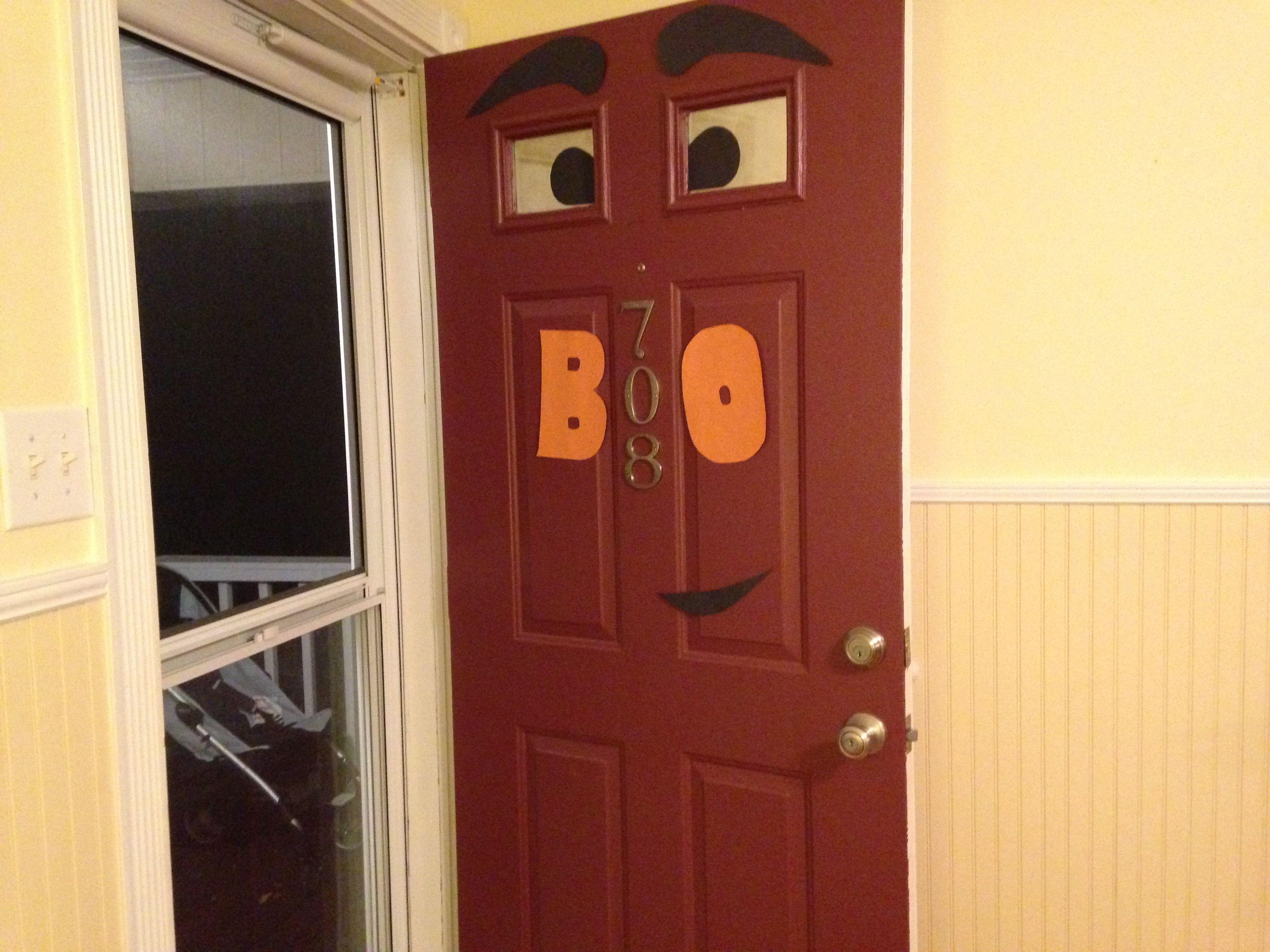 Easy fall/ Halloween door decoration Just scissors and construction - door decoration halloween