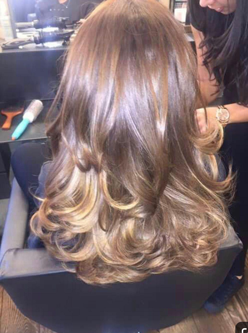 Pin By Mary Ellen Baker On The Pretty In 2020 Blowout Hair Blow Dry Hair Blow Dry Hair Curls