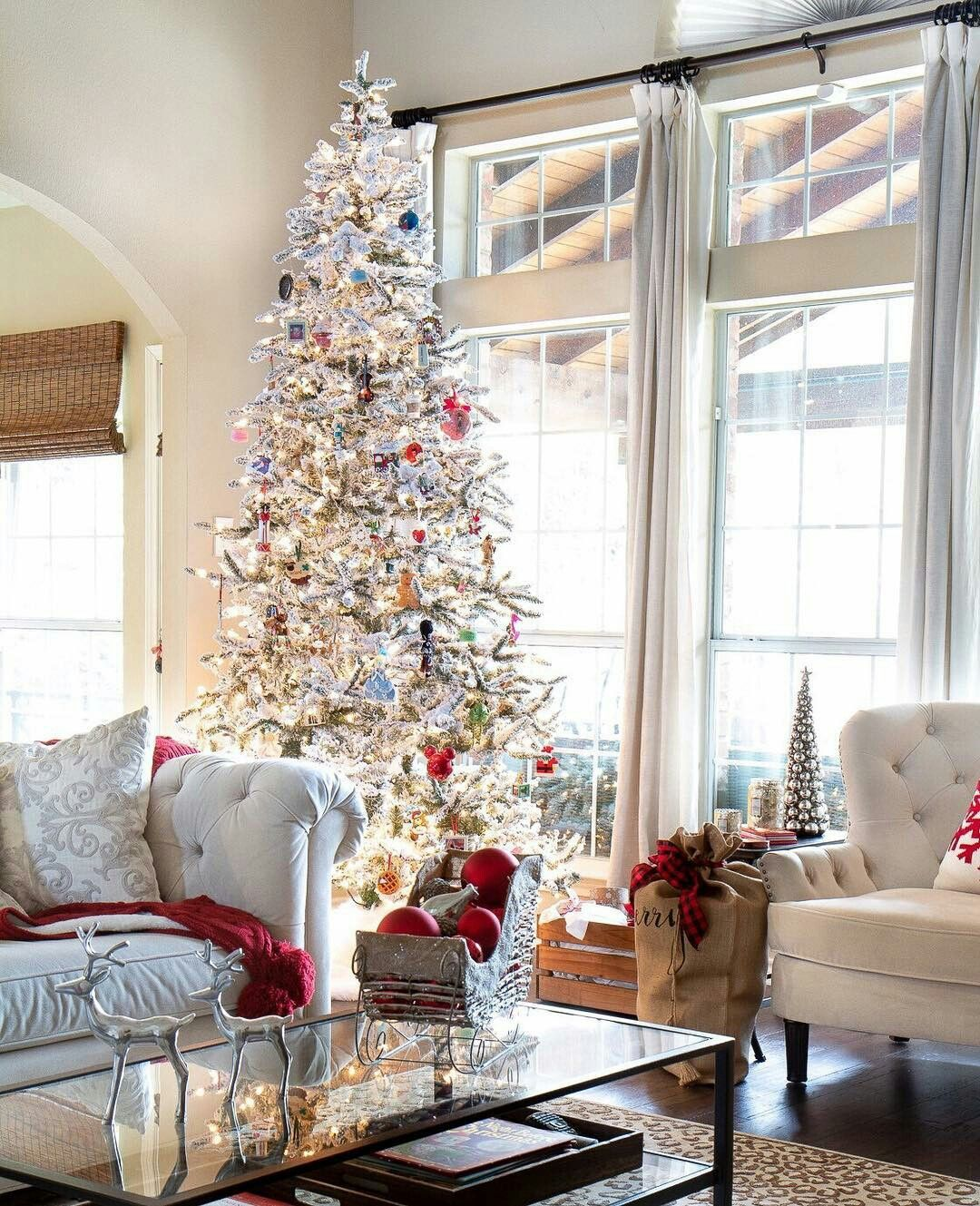 Living Room Christmas House Decorations Inside.Christmas House Decorations Inside Home Decoration