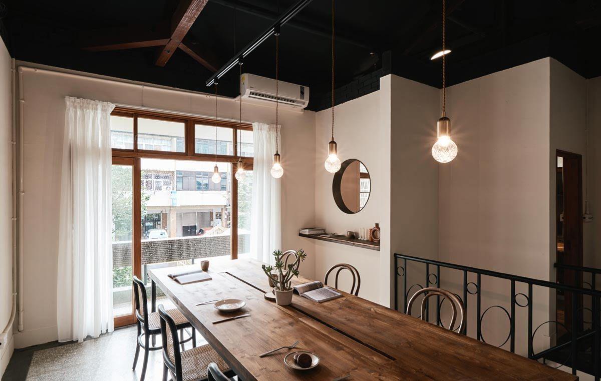 House Converted To A Cafe Home Home Cafe Taichung Taiwan Cafe House Home Cafe Japanese Style House Home cafe room design