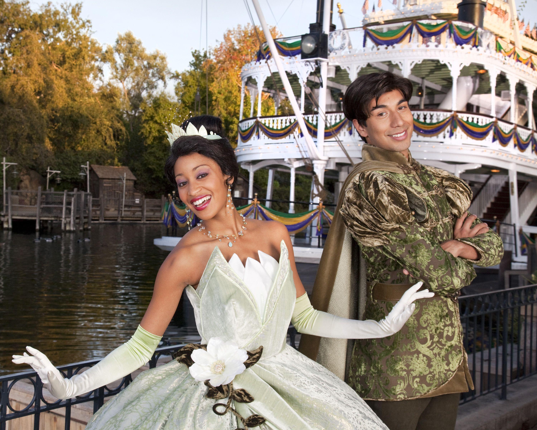 Princess Tiana And Prince Naveen In Disneyland Tiana And Naveen